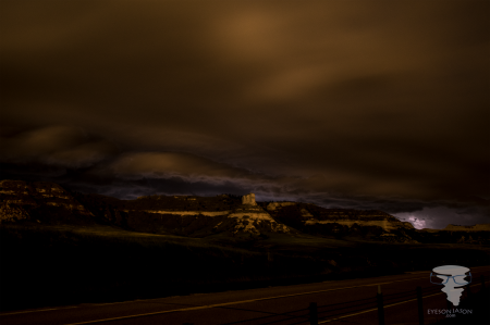 Long exposure of a shelf cloud rolling in over the Scotts Bluff National Monument